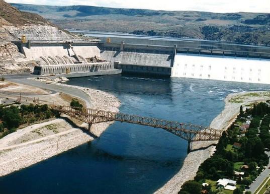 ГЭС Гранд-Кули в Северной